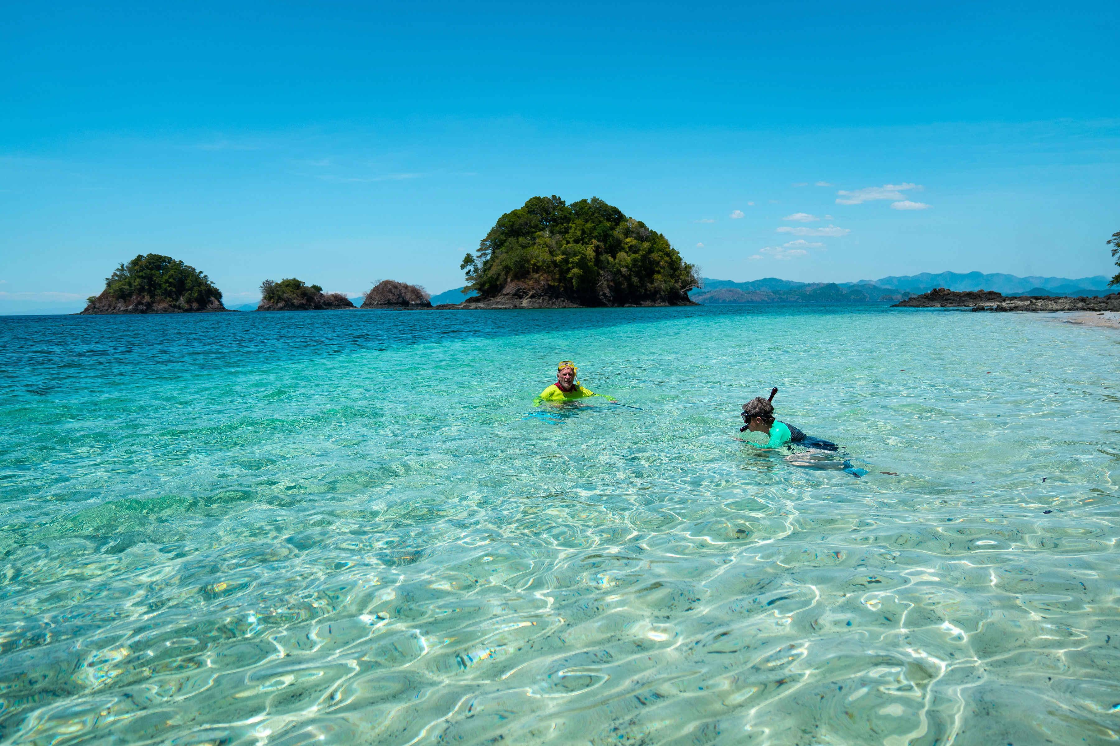 Plano playa y snorkel de dos personas
